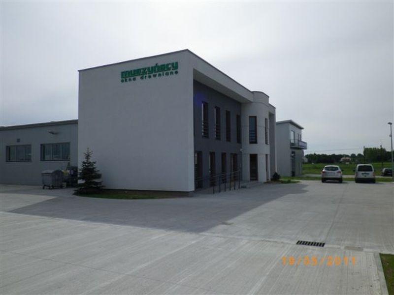 budynek-firmy-produkcyjnej-1